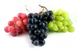 Old-World-Grapes-Versus-New-World-Grapes